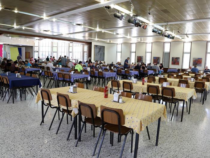 חדר האוכל בקיבוץ